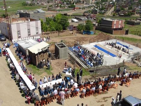 Çınar'ın en büyük camisinin temeli atıldı