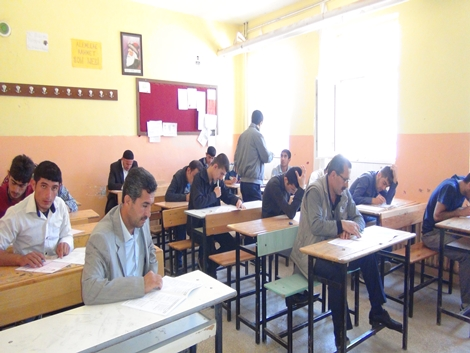 Umre ödüllü KDSS sınavı Çınar'da yapıldı