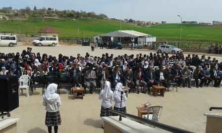 Çınar İmam Hatip Ortaokul öğrencileri Kutlu Doğum programı düzenledi
