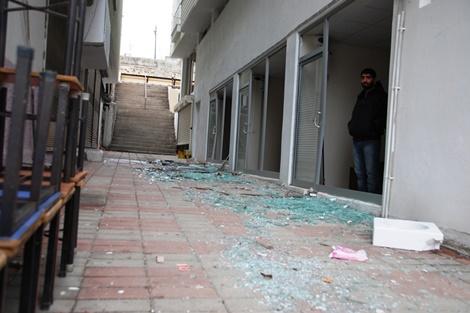 Çınar'daki bombalı saldırı esnafı da mağdur etti