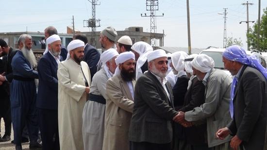 Yurt dışından gelen heyet Karacadağ şehitliklerini ziyaret etti 1