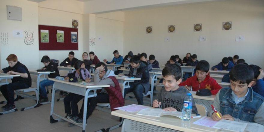 Çınar'da 18 noktada Siyer Sınavı yapıldı 2019
