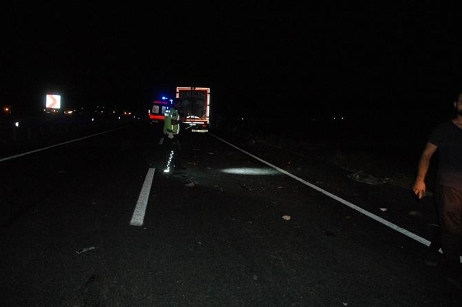 Çınar'da zincirleme kaza 2 ölü, biri ağır 4 yaralı 1