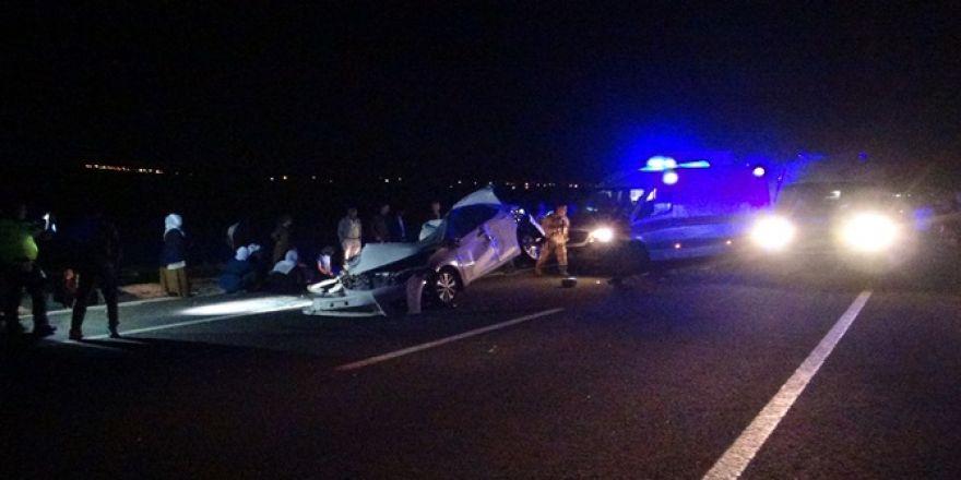 Çınar'da zincirleme kaza 2 ölü, biri ağır 4 yaralı