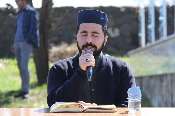 """PKK'nin katlettiği """"Karacadağ Şehidleri"""" kabirleri başınd 1"""