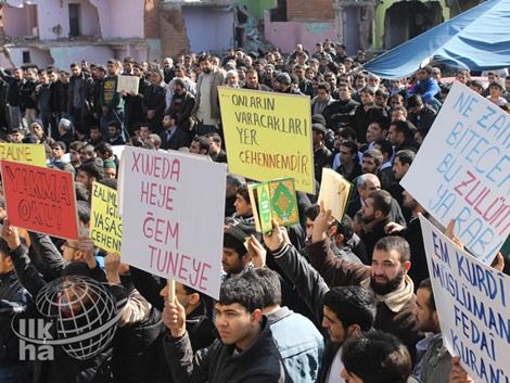 Diyarbakır'dan Kur'an Yakan ABD'ye Büyük Öfke 2
