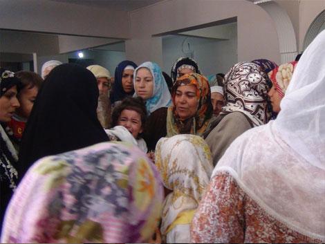Mustazaflar Cemiyetinde Hırka-i Şerif Ziyarete Açıldı 10