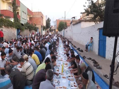 Çınar Şefkat Der 2. Mevlütlü İftar Yemeği 19