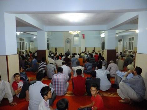 Kadir Gecesi Çınar'daki Camilerde  İhya Edildi 1