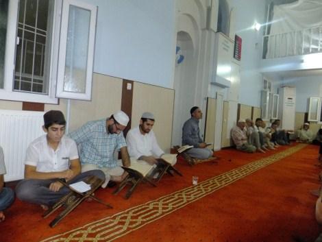 Kadir Gecesi Çınar'daki Camilerde  İhya Edildi 2