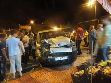 Çınar'da Trafik Kazası 1