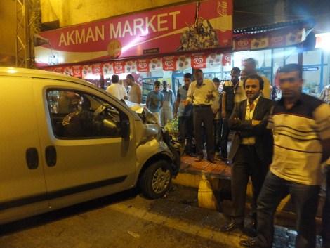 Çınar'da Trafik Kazası 4