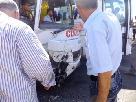 Çınar'da Trafik Kazası 3