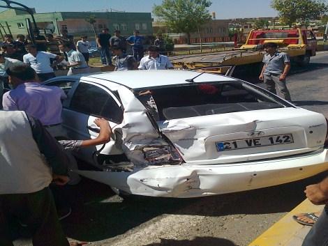Çınar'da Trafik Kazası 6