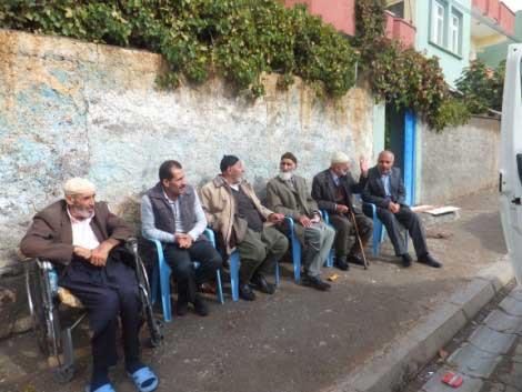 Çınar Şefkat-Der, Muhtaçların Yüzünü Güldürüyor 6