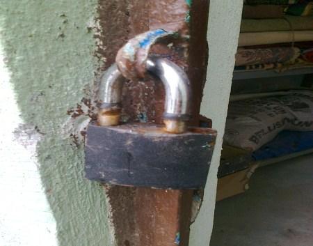 Çınar'da Caminin Elektrik Kabloları Çalındı 1