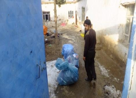 Çınar Şefkat Der`den Suriyeli Mültecilere Yardım 12