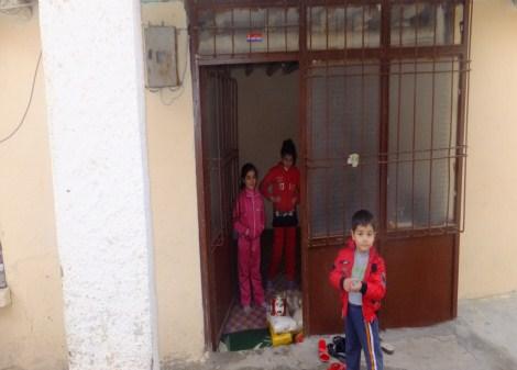 Çınar Şefkat Der`den Suriyeli Mültecilere Yardım 24