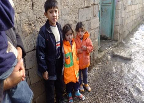 Çınar Şefkat Der`den Suriyeli Mültecilere Yardım 3
