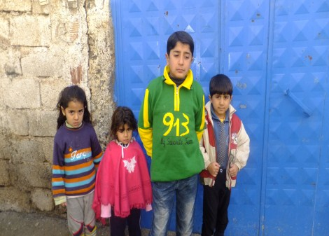 Çınar Şefkat Der`den Suriyeli Mültecilere Yardım 6