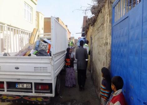 Çınar Şefkat Der`den Suriyeli Mültecilere Yardım 7