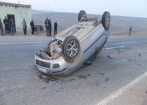 Çınar'da trafik kazası: 2 yaralı 3