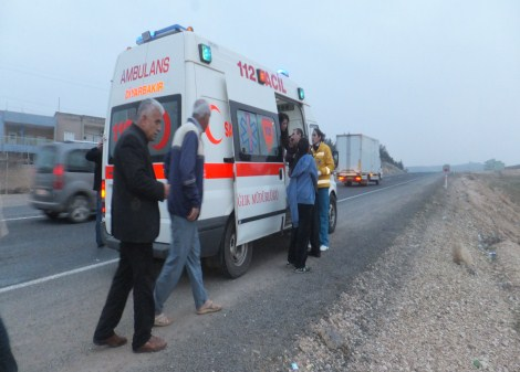 Çınar'da trafik kazası: 2 yaralı 8