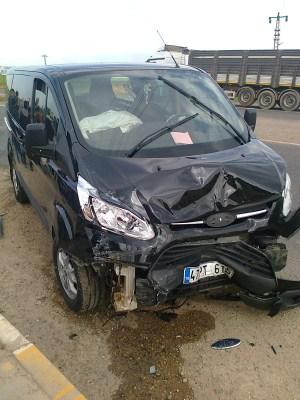Çınar'da trafik kazası: 2 yaralı 7