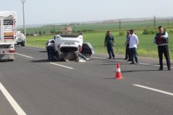 Beşpınar yakınlarında otomobil takla attı: 2 yaralı video-foto