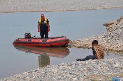 Serinlemek için Batman Çayı'na ve Dicle Nehri'ne giren 2 genç boğuldu video foto