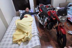 Mersin'in Tarsus ilçesinde motosikletiyle bariyerlere çarpan genç hayatını kaybetti foto