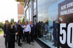 Vali Yerlikaya ile Belediye Başkanı Şahin esnafı ziyaret etti