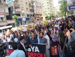 STKyên Îslamî yên Diyarbekirê qetlîama Helebê şermezar kirin