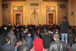 Adanalılar Miraç gecesini ihya etmek için camilere koştu