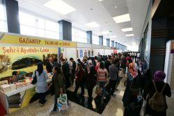 Gaziantep'te ilk kez kurulan kitap fuarını ilk gün 13 bin kişi ziyaret etti foto