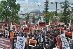 Halep saldırılarına İstanbul'dan tepkiler sürüyor