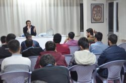 Erciyes Üniversitesi Rehber Gençlik Kulübü tarafından osyal medyada ölçümüz konulu seminer foto