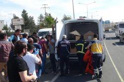 Mardin'in Kızıltepe ilçesinde aracın çarptığı anne ile oğlu hayatını kaybetti video foto