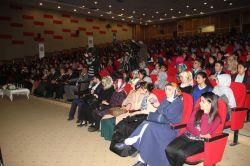 Eğitim-Bir-Sen Ağrı Şubesi'nden modern dünyada yola çıkmak konferansı foto