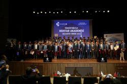 Türkiye'nin ilk 'Muhtar Akademisi' mezunlarını verdi foto