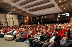 'Ebu Hanife' konferansına yoğun ilgi