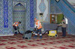 Camilerde Ramazan için hazırlık yapılıyor