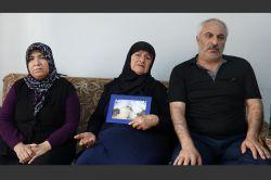 Kaçırılan askerin ailesinin hüzünlü bekleyişi sürüyor