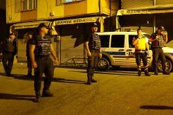 Gaziantep'te baskın yapılan hücre evinde patlama foto