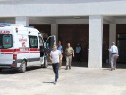 Askeri araç geçişi sırasında patlama: 2'si ağır 7 yaralı