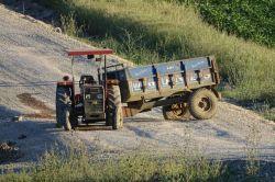 Valilikten patlayıcı yüklü traktörle ilgili açıklama