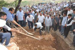 PKK'lilerin katlettiği Salih Kaya toprağa verildi foto