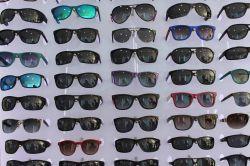 Sahte güneş gözlüğü kör edebilir foto