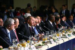 Cumhurbaşkanı Erdoğan Dünya İnsani Zirvesi'nin açılışında konuştu foto