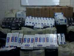 Bingöl'de 494 bin paket kaçak sigara ele geçirildi